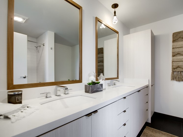 Apartments in Portland for Rent - Goat Blocks Large Bathroom with Plenty of Cabinet Space
