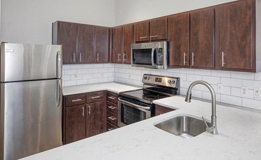 Kitchen Cabinets at Kearney Plaza Apartments in Portland, Oregon