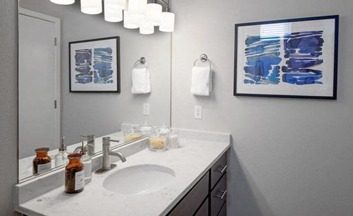 Modern Bathroom Interiors at Kearney Plaza Apartments in Portland, Oregon