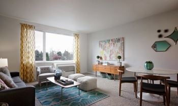 3850 N Mississippi Ave Studio-2 Beds Apartment for Rent Photo Gallery 1