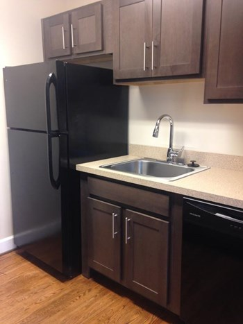 3825 N. Seventh Street, #A4 Studio-1 Bed Apartment for Rent Photo Gallery 1