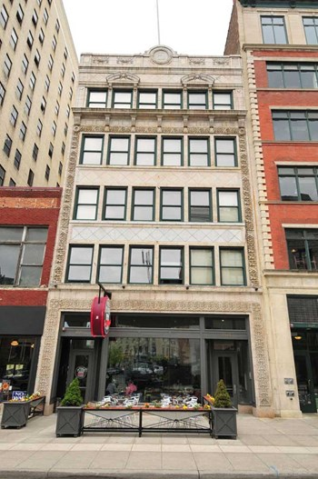1525 Broadway Avenue 1-3 Beds Apartment for Rent Photo Gallery 1