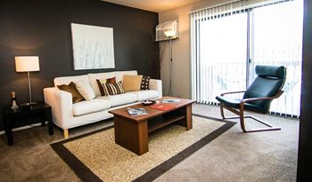 43144 Carlyle Place Drive 1-2 Beds Apartment for Rent Photo Gallery 1