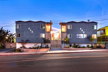 946-950 Beach St. 2-3 Beds Apartment for Rent Photo Gallery 1