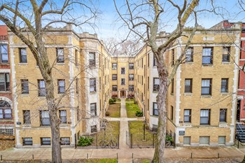 2237-41 N. Bissell Studio-1 Bed Apartment for Rent Photo Gallery 1