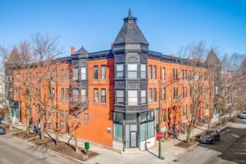 2600-10 N. Racine / 1206-10 W. Wrightwood Studio-2 Beds Apartment for Rent Photo Gallery 1