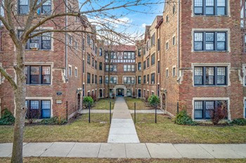 2613-19 W. Berwyn 1-2 Beds Apartment for Rent Photo Gallery 1