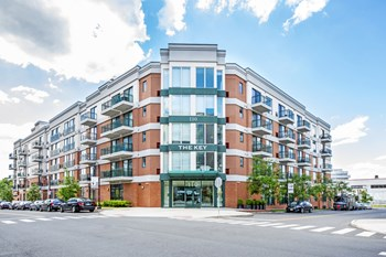 110 Towne Street 1-2 Beds Apartment for Rent Photo Gallery 1