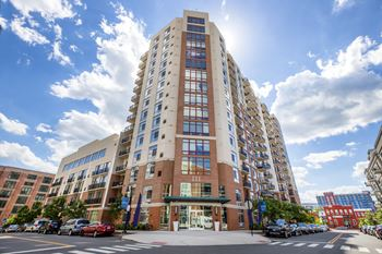 111 Towne Street 1-2 Beds Apartment for Rent Photo Gallery 1