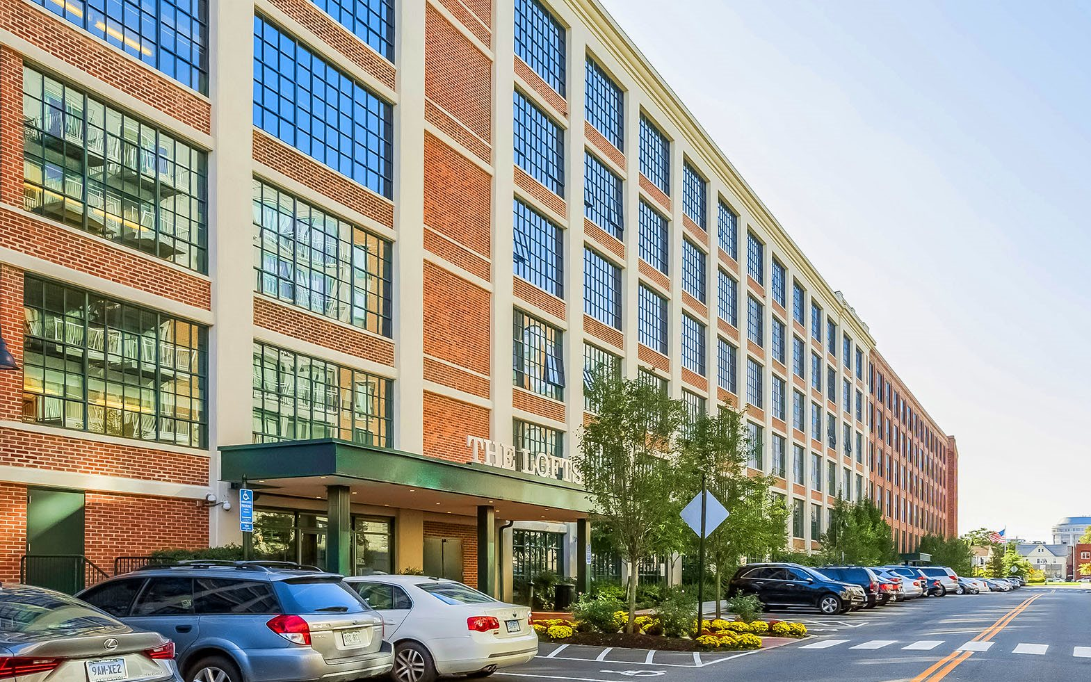 The Lofts At Yale Amp Towne Apartments In Stamford Ct