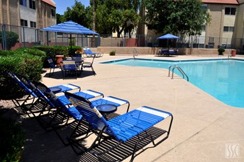 1330 W. Broadway Rd 1-2 Beds Apartment for Rent Photo Gallery 1
