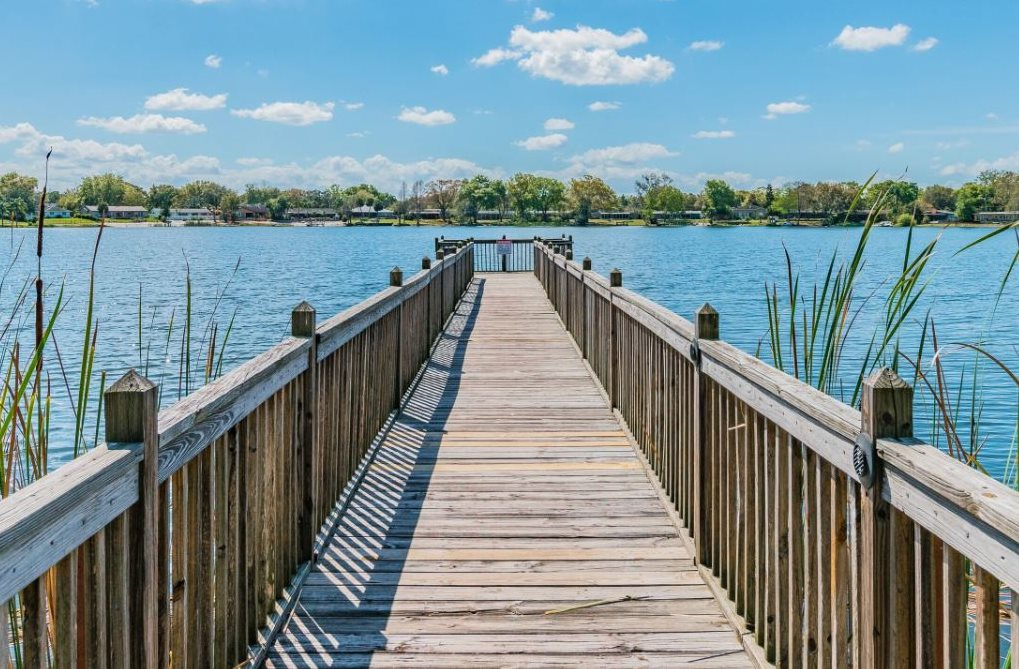 Dock Areaat Enclave at Lake Underhill, Orlando, FL