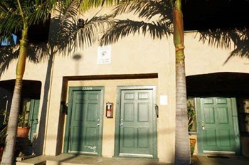 2220-2222 S. Pacific Ave. 1 Bed Apartment for Rent Photo Gallery 1