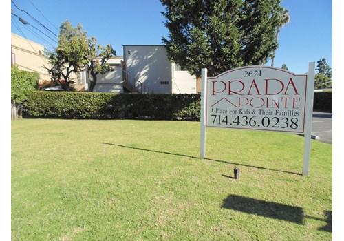 Prada Pointe Apts. Community Thumbnail 1