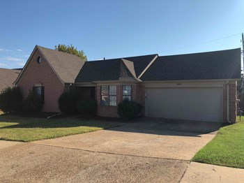 5430 Fernglen St 3 Beds House for Rent Photo Gallery 1