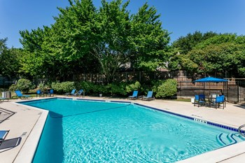 1701 Dove Loop Rd 1-3 Beds Apartment for Rent Photo Gallery 1