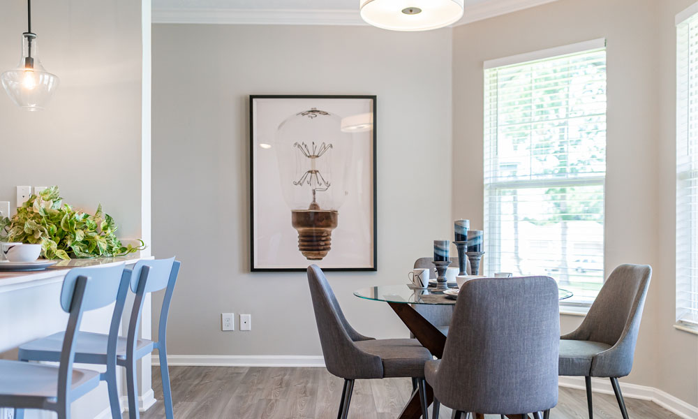 Well Lite Dining Room at Main Street Village Apartments, Granger