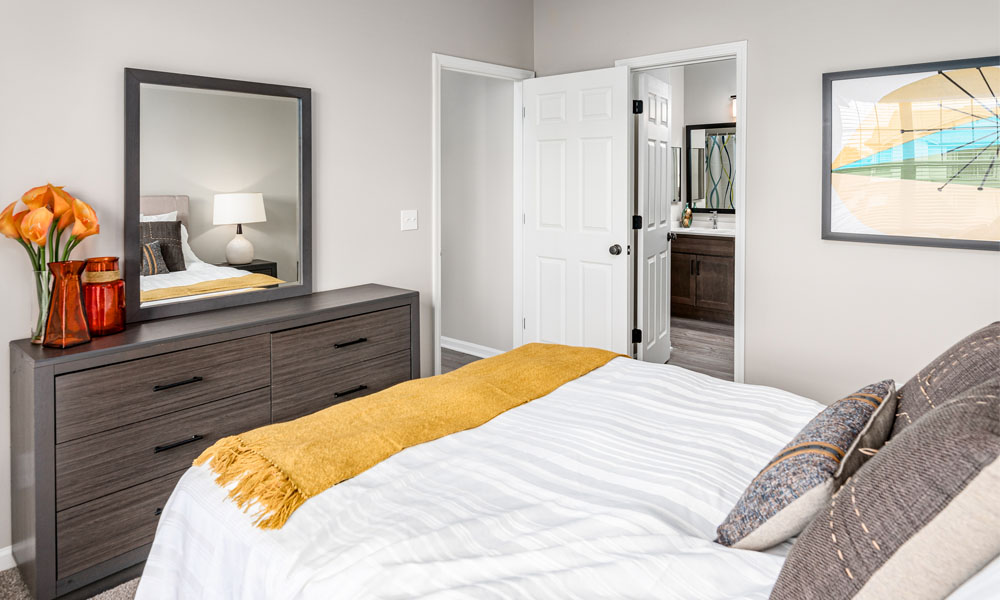 Classic Bedroom at Main Street Village Apartments, Indiana, 46530