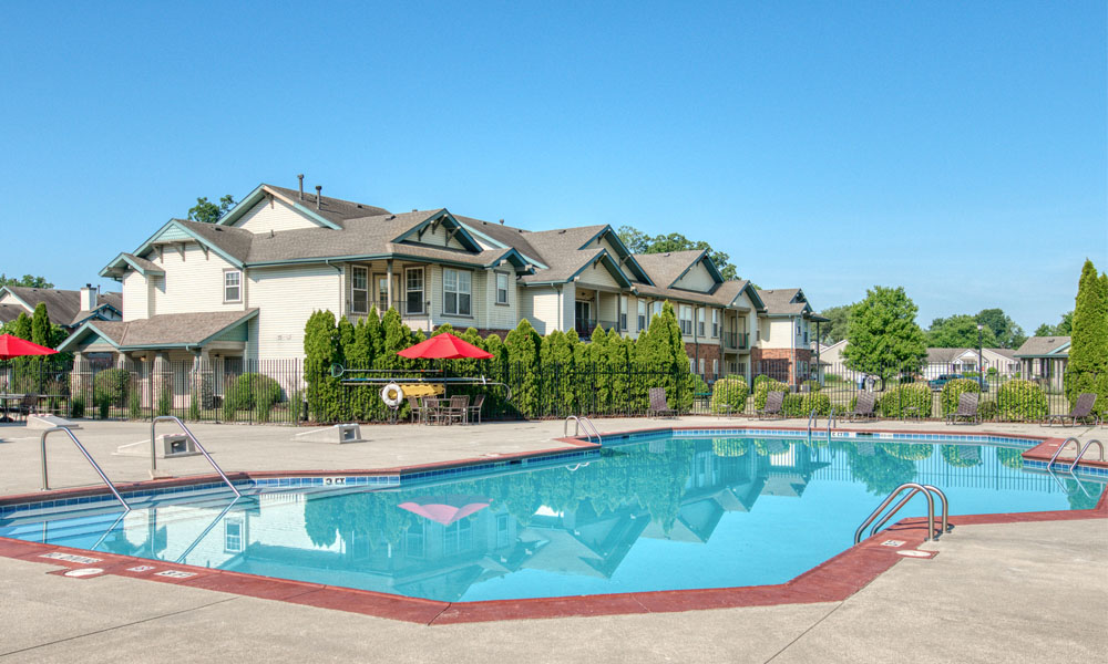 Outdoor Swimming Pool at Main Street Village Apartments, Indiana, 46530