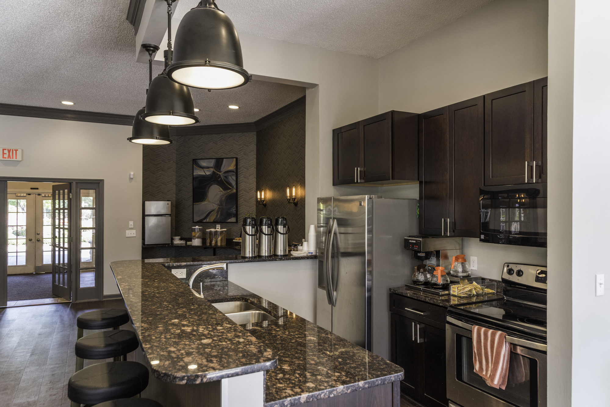 Eat - In Kitchens at Fairlane Woods Apartments, Dearborn, 48126