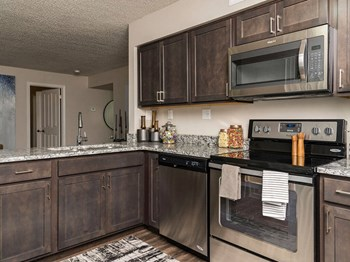 5521 Fairlane Woods Dr 1-3 Beds Apartment for Rent Photo Gallery 1