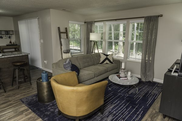 Open Living Area at Fairlane Woods Apartments, Dearborn, MI