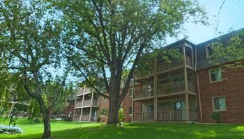 85 W. Thompson Avenue, #113 1-2 Beds Apartment for Rent Photo Gallery 1