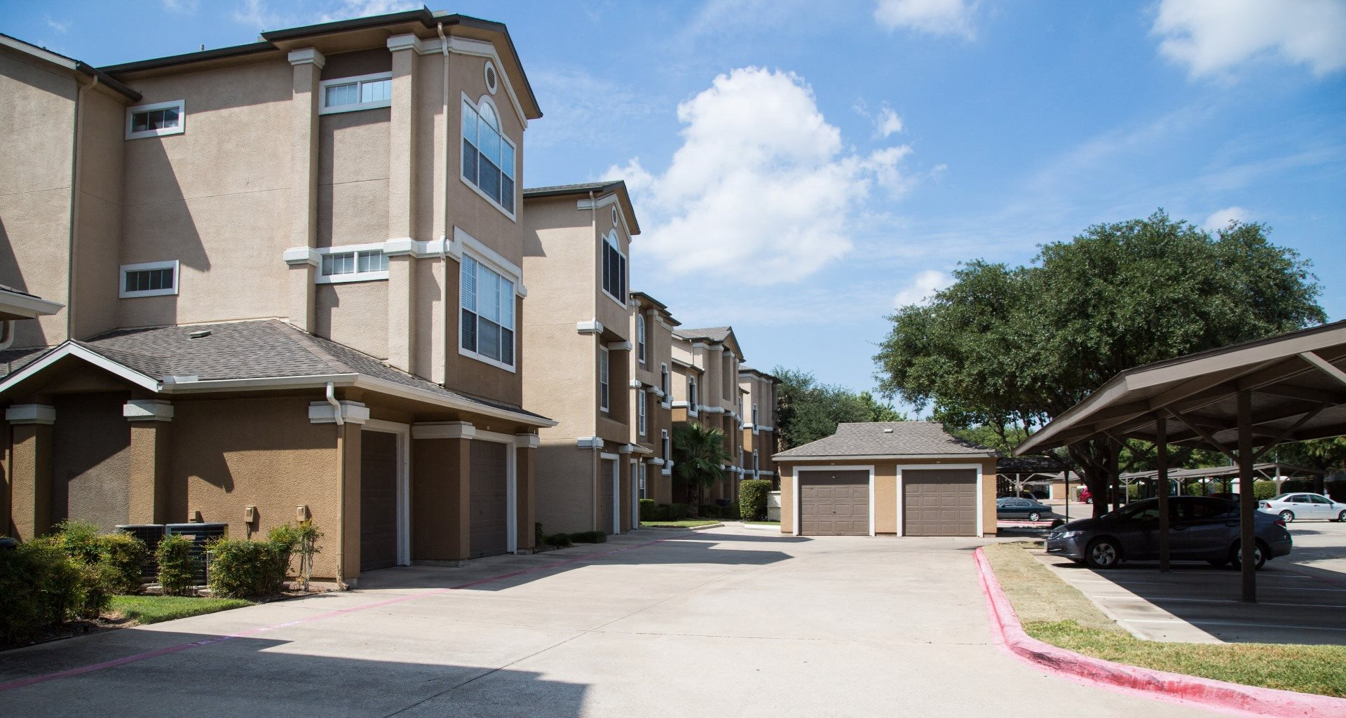 Top rated apartments in far north dallas tx fairways at - Cheap 3 bedroom apartments in dallas tx ...