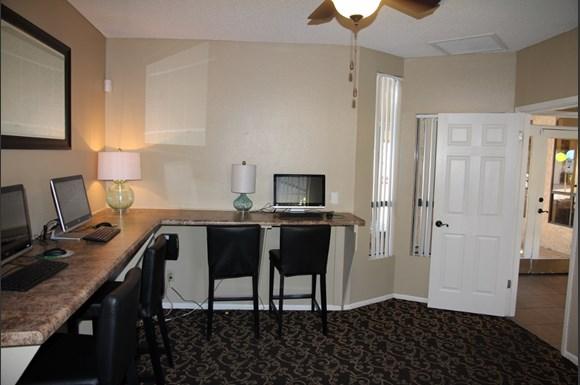Arroyo Villas Apartments 4748 West Sierra Vista Drive Glendale Az Rentcaf