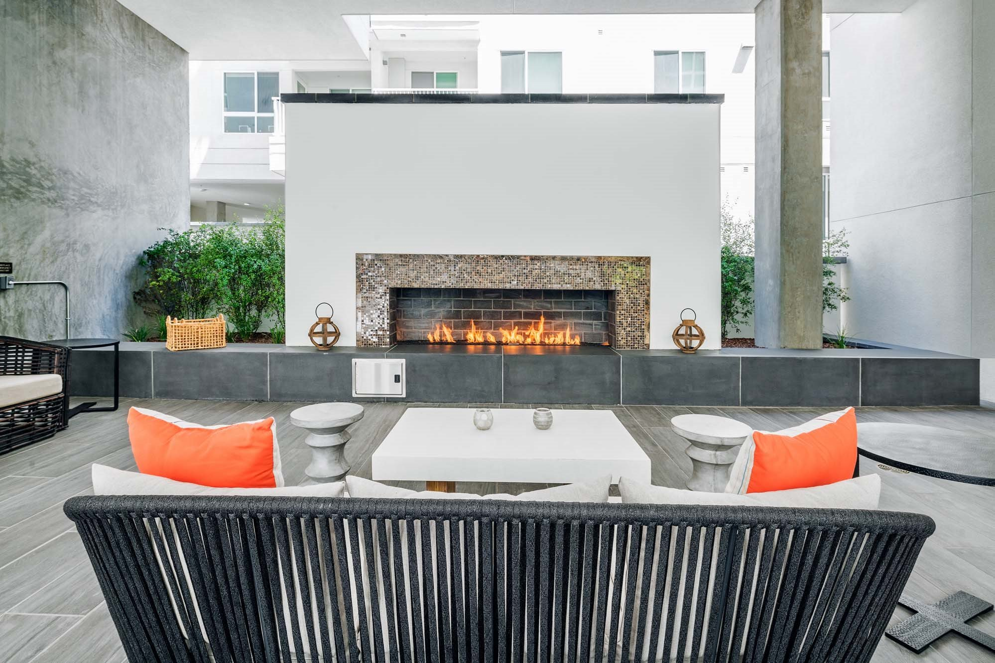 G12 Apartments_Los Angeles CA_Community Fire Pit