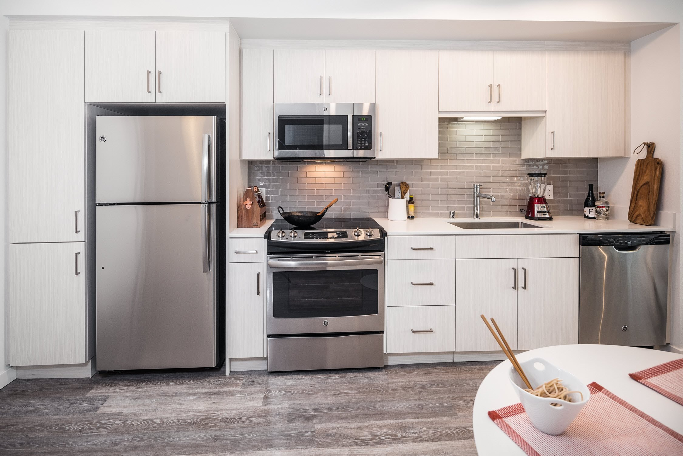 G12 Apartments_Los Angeles CA_Stainless Steel Appliances