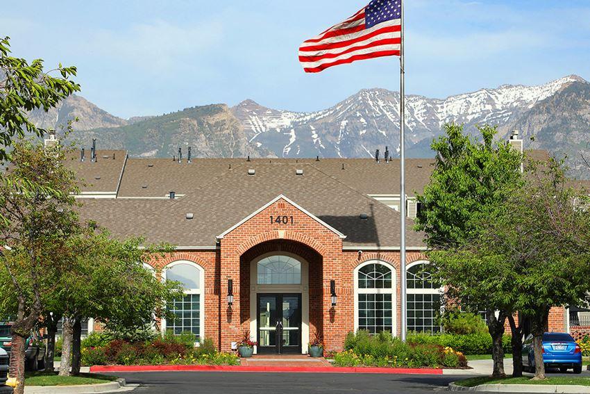 Orem, Utah Canyon View Apartments Exterior