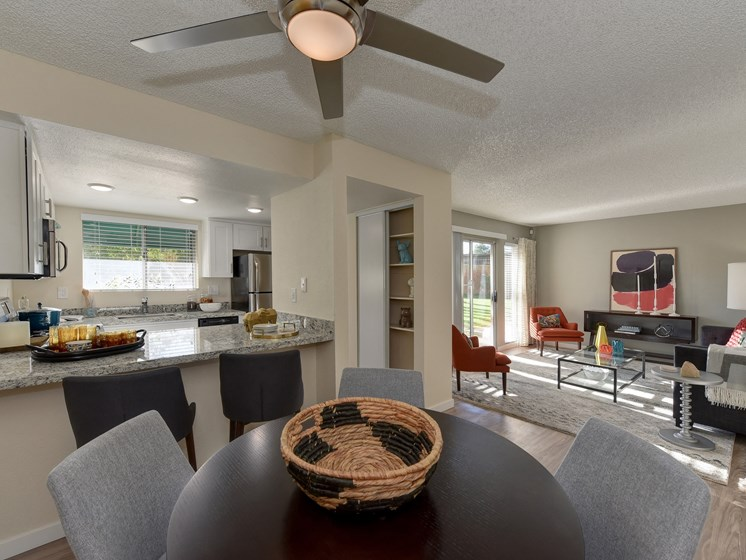 Luxury Apartment Community Dining Area with Kitchen and Living Room
