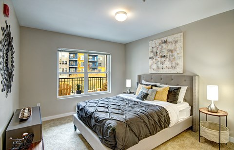 Luxury Solara Seattle Apartments for Rent- Bedroom