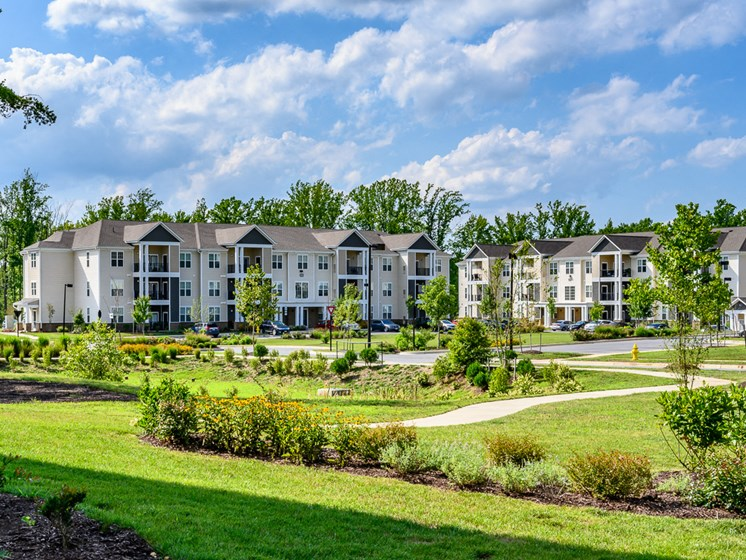 Overview OF The World Class Property at Abberly Square Apartment Homes, Waldorf