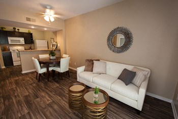 777 West Chandler Blvd 1-3 Beds Apartment for Rent Photo Gallery 1