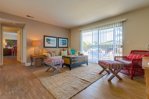 Newport Seacrest Apartments Furnished Apartment Living Room