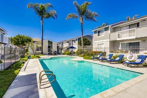 Newport Seacrest Apartments Lifestyle - Pool