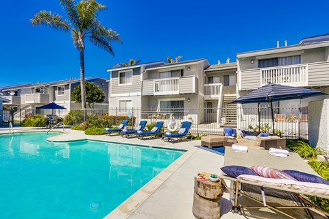 Newport Seacrest Apartments Lifestyle - Pool Deck & Pool