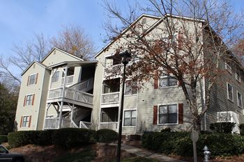 700 Washington Street West 1-2 Beds Apartment for Rent Photo Gallery 1