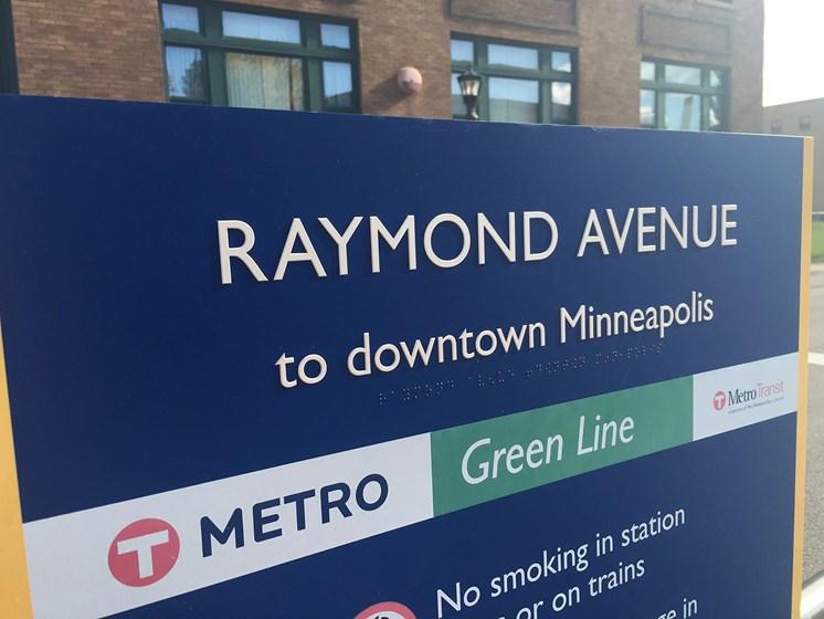Metro Light Rail Connecting St. Paul and Minneapolis MN