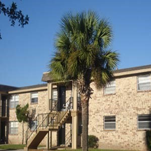 300 Silver Creek Trace 1-4 Beds Apartment for Rent Photo Gallery 1