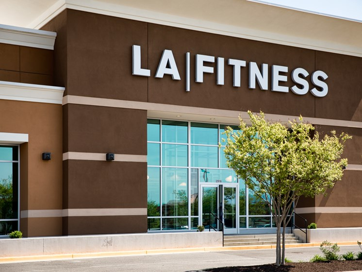 Easy Shopping Nearby and Fitness at The Townes At Holly Station, Waldorf, MD