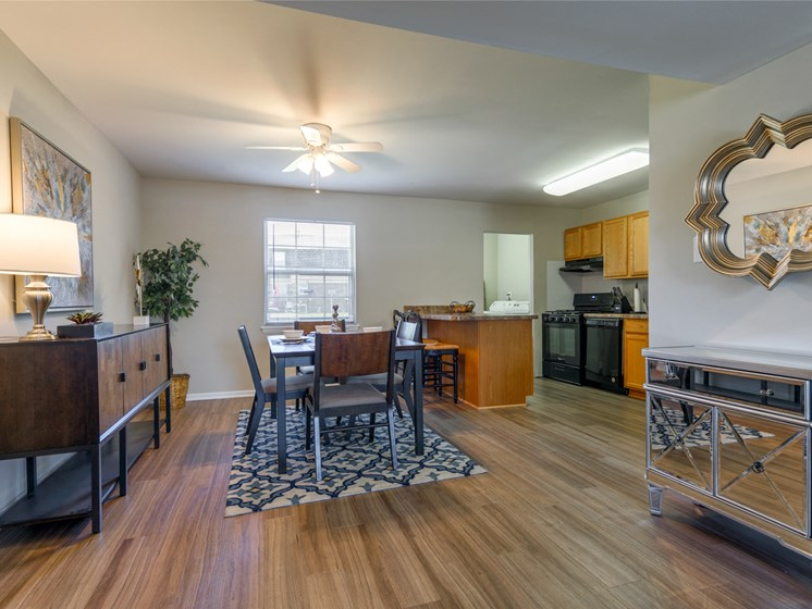 Holly Station Townhome Apartments
