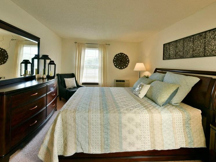 Apartments in Fitchburg, Wisconsin bedroom