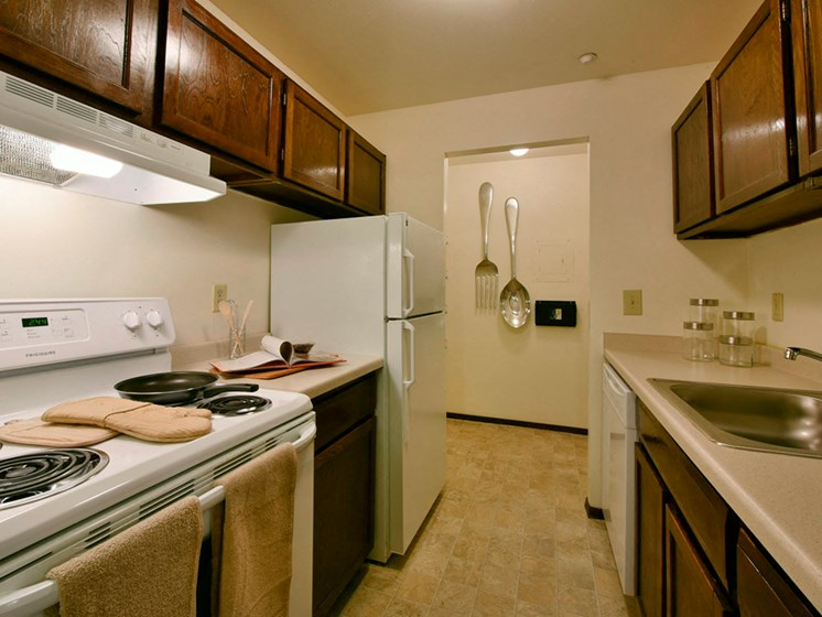 Apartments in Fitchburg, Wisconsin kitchen