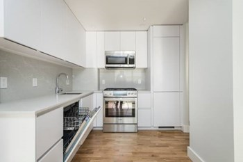 1410 Columbia Road 1-3 Beds Apartment for Rent Photo Gallery 1