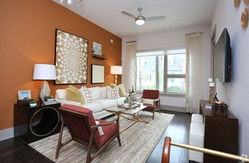 2828 Woodside Street 1-3 Beds Apartment for Rent Photo Gallery 1