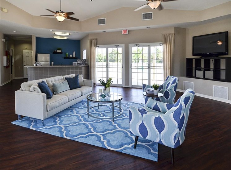 The Point at Naples Apartment Homes Naples, FL 34112 Spacious, comfortable clubhouse seating