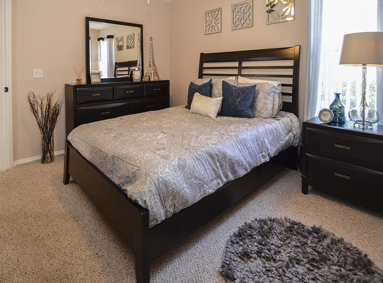 The Point at Naples Apartment Homes Naples, FL 34112 relaxing quiet bedrooms